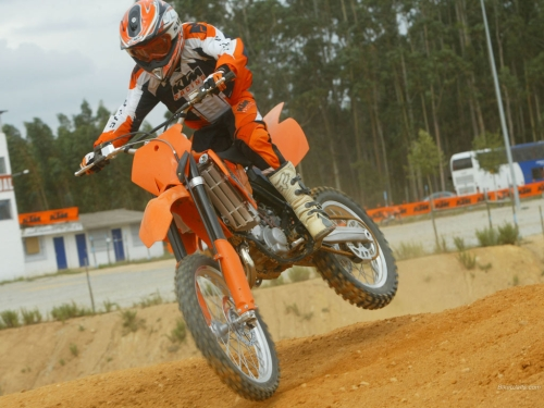 KTM SX 85 Big Wheel Rolling Images